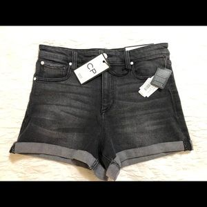 NWT CP Jeans black denim mom shorts, size 11